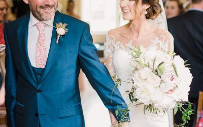Romance at Notley Abbey – Flowers for Gemma & John